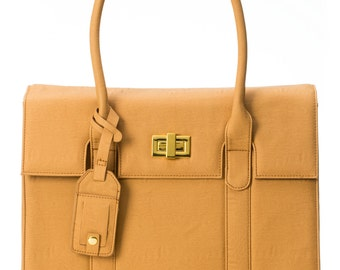 "15-inch Womens Laptop Bag - GRACESHIP ""London"" Tan Computer Bag / Briefcase / Messenger Bag / Laptop Tote"