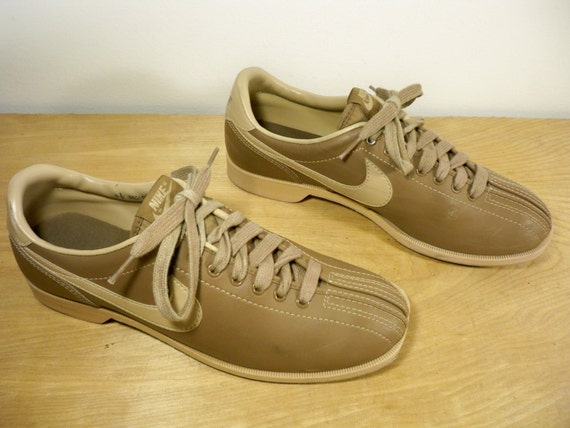 Vintage 1984 Nike Made in Taiwan Brown Leather Swoosh Bowler Bowling Sneaker Shoes Kicks Size 9.5
