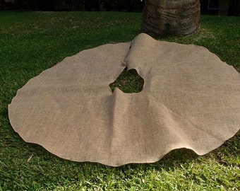 SALE Natural Burlap Christmas Tree Skirt - 60 Inches Diameter