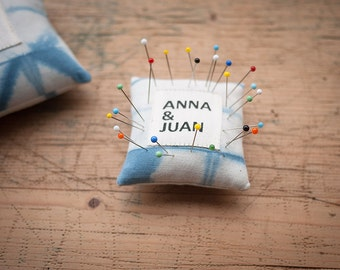 Pin Cushion (S), 100% Natural
