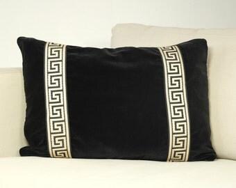 Black velvet, velvet pillow, decorative throw, throw pillow, pillow cover, home decor