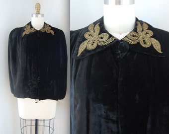 40s Capelet with Bow detail/ 1940s Black Velvet Cape/ Womens Size Small Medium