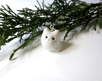 White Cat Necklace Ceramic White Cat Jewelry Snow White Jewelry Animal Gift Cat Lover Fat Cat Charm White Jewelry Cat Pet Cute Cat Simple