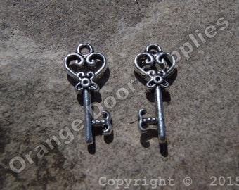 Key Charm 20mm x 9mm- 10 pcs (MWC130)