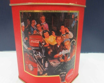 1991 Nostalgic Coca Cola Octagon Shaped Collector's Tin Clean