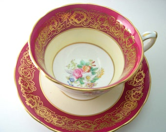 Hammersley  Red Magenta Tea Cup And Saucer, Antique  Hammersley Red and Gold tea cup and saucer, English tea cup and saucer set.