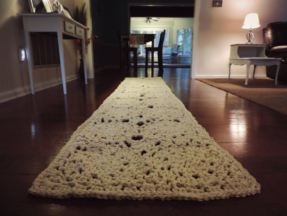 Unavailable listing on etsy for 10 foot table runner