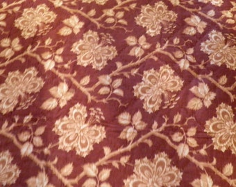 Beautiful French 19th century  antique hand quilted cover