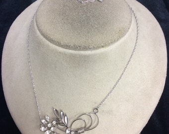 Vintage Sterling Silver & Glass Floral Pendant Necklace