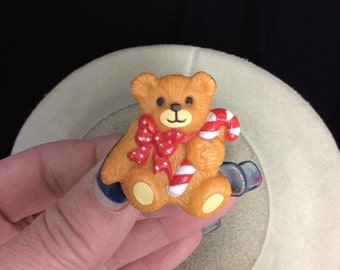 Vintage Signed 1982 Lucy Rigg Christmas Teddy Bear Pin