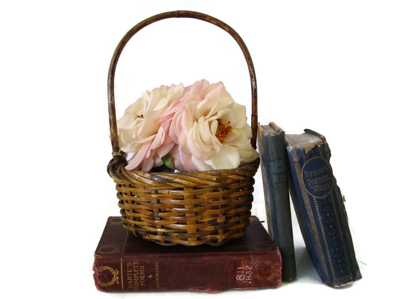 Woven Gathering Basket : Vintage gathering basket american wicker hand woven circa