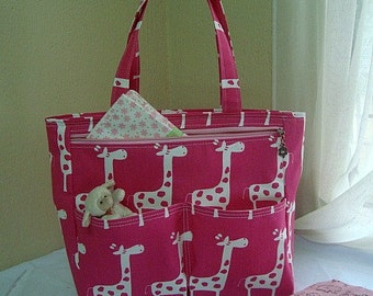 Diaper Bag tote. Giraffes white and fuccia!!