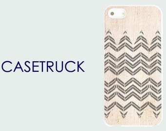 Chevron Wood Image Geometric Pattern NEW iPhone 4 4s 5 5s 5C 6 6S 6+ 6 Plus Custom Case Cover Plastic Rubber Silicone R72