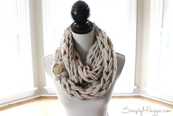 Arm Knit a Scarf in 30 Minutes!
