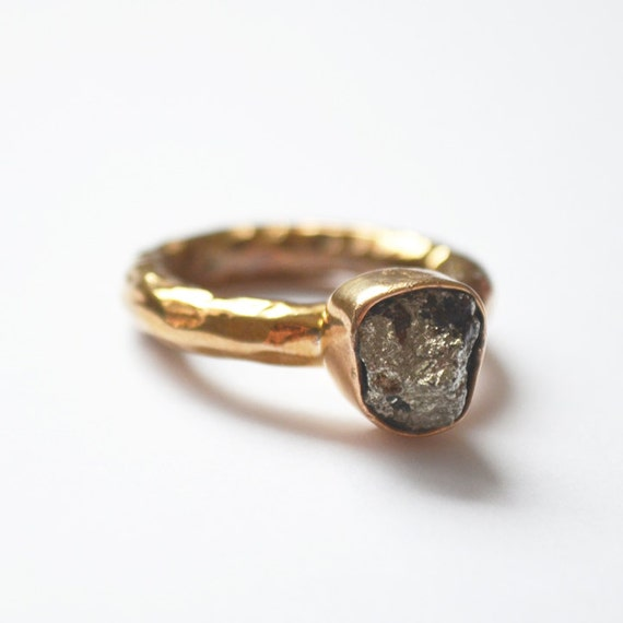 pyrite ring beautiful unique jewelery by lissabowiejewellery