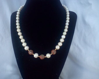 pearl and opal necklace with bracelet
