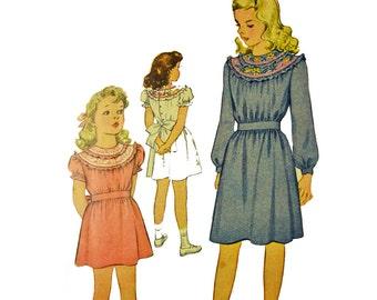 Vintage 40s Girls Dress Pattern / 1940s Embroidered Yoke Neckline Puff Sleeve Schoolgirl Dress Pattern McCalls 1142 Breast 24 / Girls Size 6