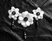 Leather Necklace, Leather Accessories, Leather Jewelry with White Flowers, Chain Black, Gift For Her