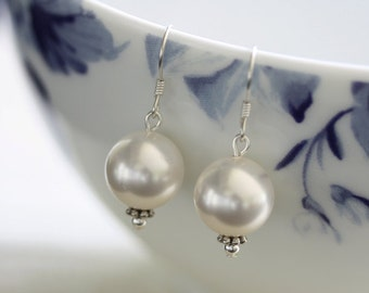 White Pearl Earrings, Swarovski Pearl Earrings, Pearl Drop Earrings, Large Pearl Earrings, Bridal Earrings, Ivory Pearl Earrings