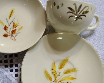 Vintage Wheat Pattern Plates and Cup Lot White Gold Replacement Craft Supplies panchosporch