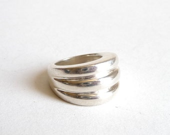 Modern Sterling Silver Ring  Scalloped Dome