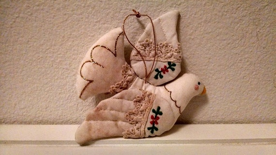 Items Similar To Sale 1980s Vintage Dove Christmas Ornament Dove Of Peace Christmas Tree