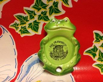 Vintage ceramic frog with google eyes teabag holder- souvenir of San Francisco