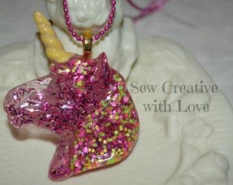 Pink Glitter Unicorn Necklace, Unicorn Jewelry, Glitter Jewelry, Unicorn Head, Unicorn Necklace, Resin Unicorn, Resin Jewelry, Resin Pendant