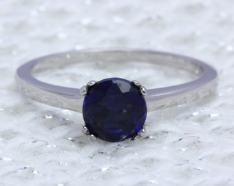 Genuine 1ct Blue Sapphire solitaire ring in Titanium or White Gold - engagement ring - wedding ring - handmade ring