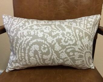 "Lumbar Pillow ""Licia"" by Romo"