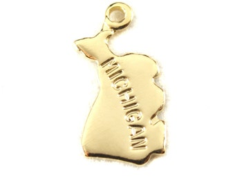 2x Gold Plated Engraved Michigan State Charms - M114-MI