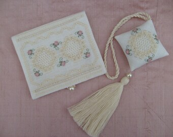 Sewing Necessaire and Scissor Fob - Complete Kit
