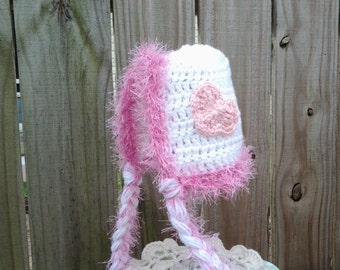 End of Season CLEARANCE SALE, 0-12 mths, Crochet baby bonnet, hat white with pink heart and fuzzy trim