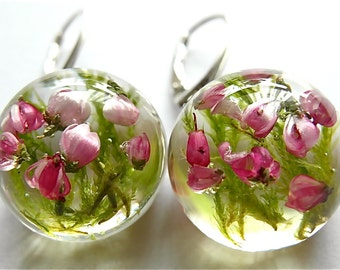 Beautiful heather and green moss Earrings, heather, moss piercing in high quality resin, handmade piercing, jewelry, autumn collection
