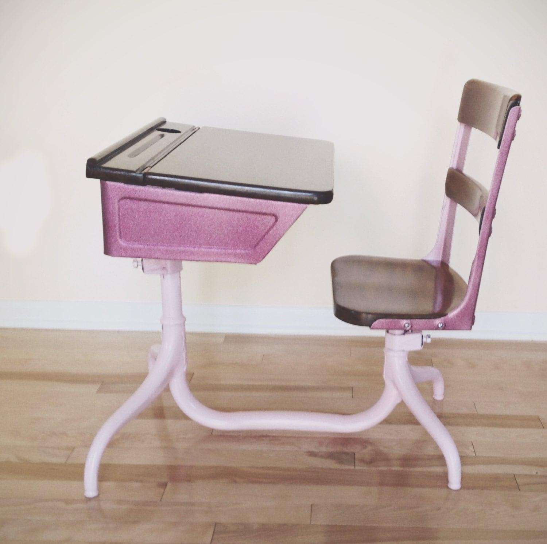 vintage school desk chair combo 1920 39 s american seating. Black Bedroom Furniture Sets. Home Design Ideas