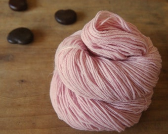 Pink Cochineal Sock Yarn, Naturally Dyed, Pastel Pink Yarn, Pink Merino Yarn, Shell Pink Yarn Superwash Sock Yarn, Cochineal Merino Yarn