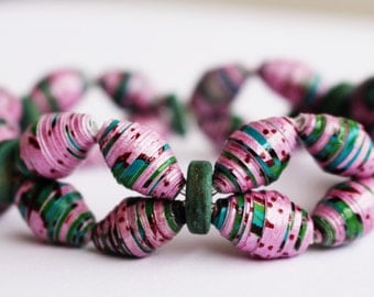 Purple paper bead bracelet