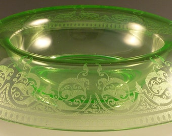 Cambridge Windows Border Etch 704 Green Console Bowl Rolled Rim Elegant Depression Glass 1920s Excellent Condition, Rare Scrolls Swags