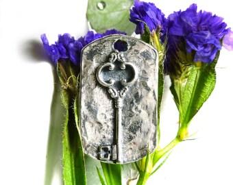 """Sterling Silver Key Dog Tag, 925 Silver Key Tag Charm Pendant 1 1/8"""" CA821Q"""