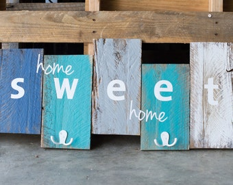 """Reclaimed wood sign """"home sweet home"""""""