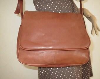 Vintage Leather shoulder bag used bag Brown