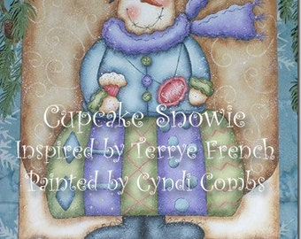 Cupcake Snowie by Cyndi Combs, email pattern packet