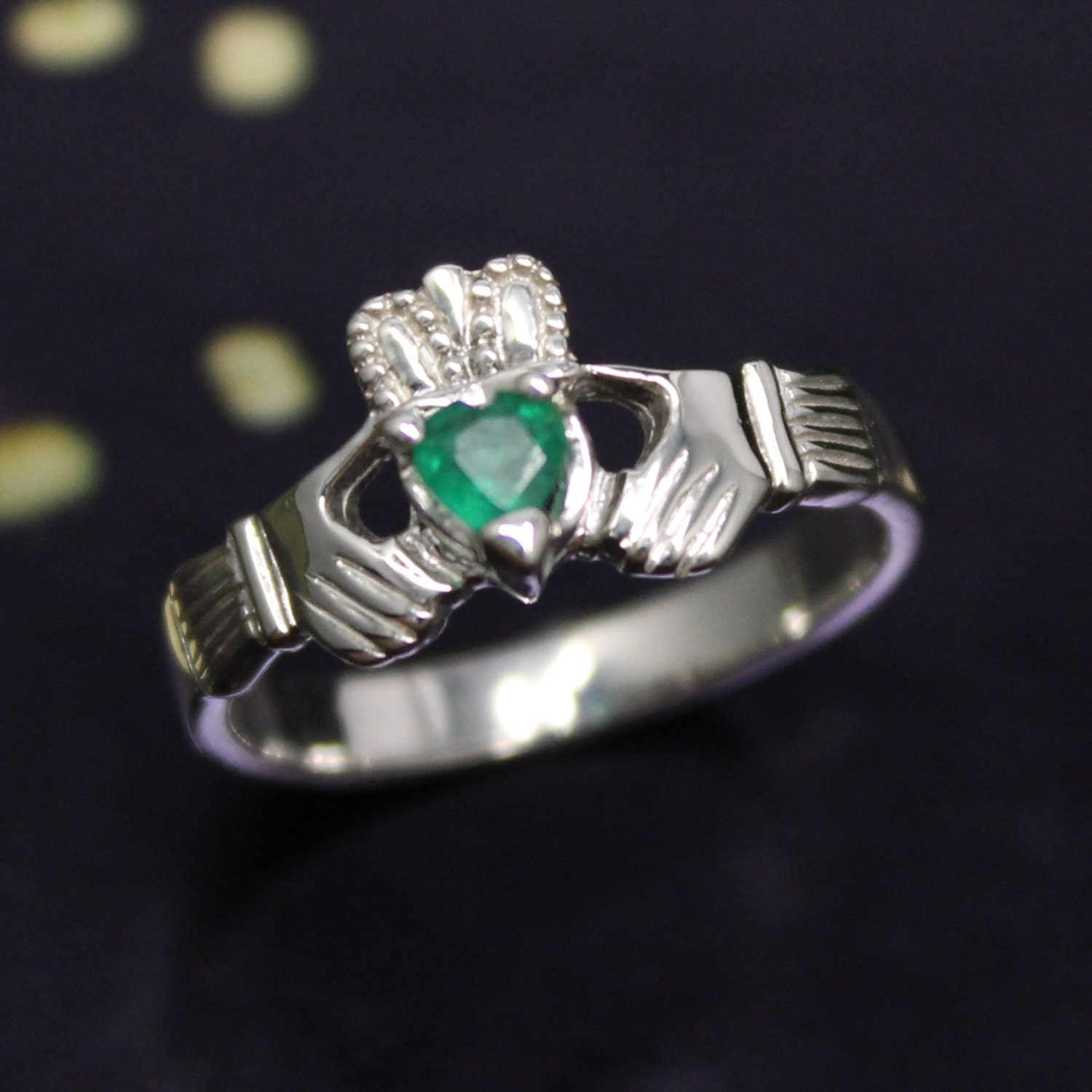 real emerald claddagh ring claddagh ring set with