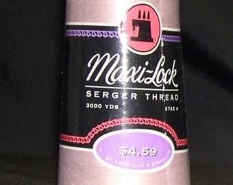 Serger Thread Maxi-Lock Serger Thread Color Khaki - 3000 Yards Cones