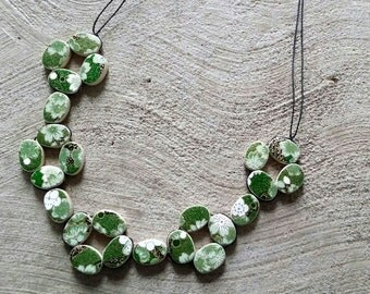 Green and white flower Japanese paper woven necklace