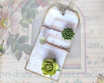 OOAK Green Button bobby pins on Music Tag, button hair clip, wedding hair pin, bridesmaid accessory, bridesmaid gift, bridal shower gift