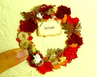 """Wreath for Autumn with Sign that says """"Autumn' dollhouse miniature 1/12 scale"""