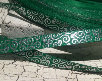 "3 yards 3/8"" silver swirl loop on green grosgrain ribbon christmas"