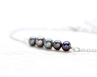 Delicate freshwater pearl bracelets A044