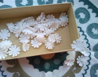 50/100pcs 2.5CM diameter white flower applique,DIY 10-petals lace appliques-LSA0002